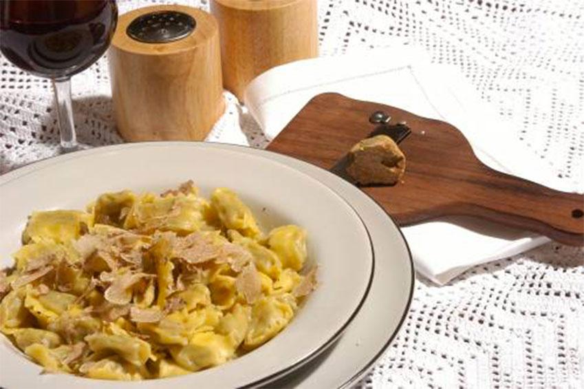 Langhe: food, wine, relax   italycreative.it