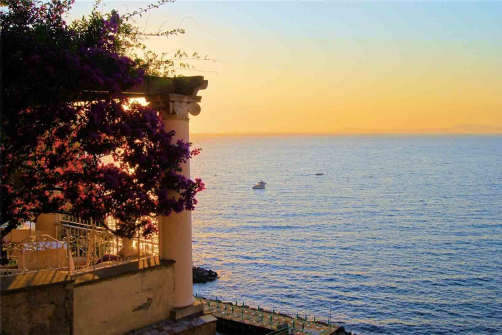 Romantic Amalfi Coast for your celebrations 10-day
